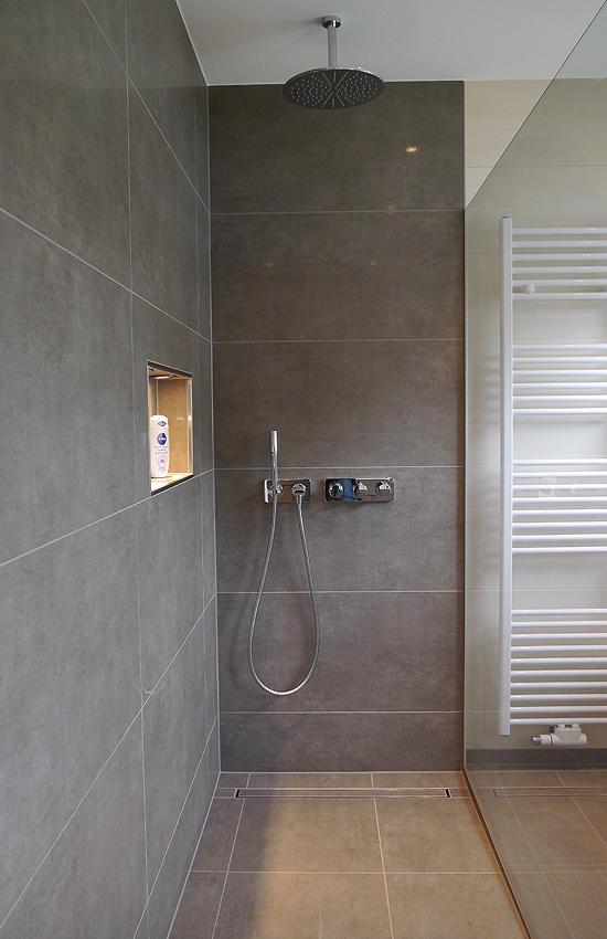 bodengleiche duschen fliesen middel. Black Bedroom Furniture Sets. Home Design Ideas